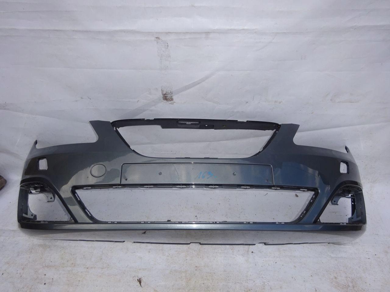 Zderzak przód przedni Seat Exeo 3R0 09-15