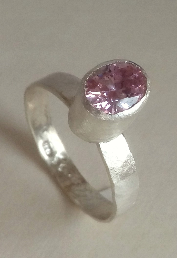 Autorski Różowy Atelier Glass Design