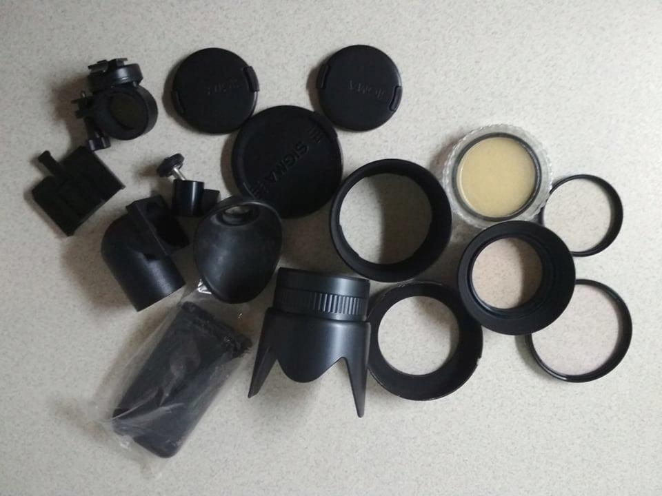 Akcesoria fotograficzne, filtry, dekielki,
