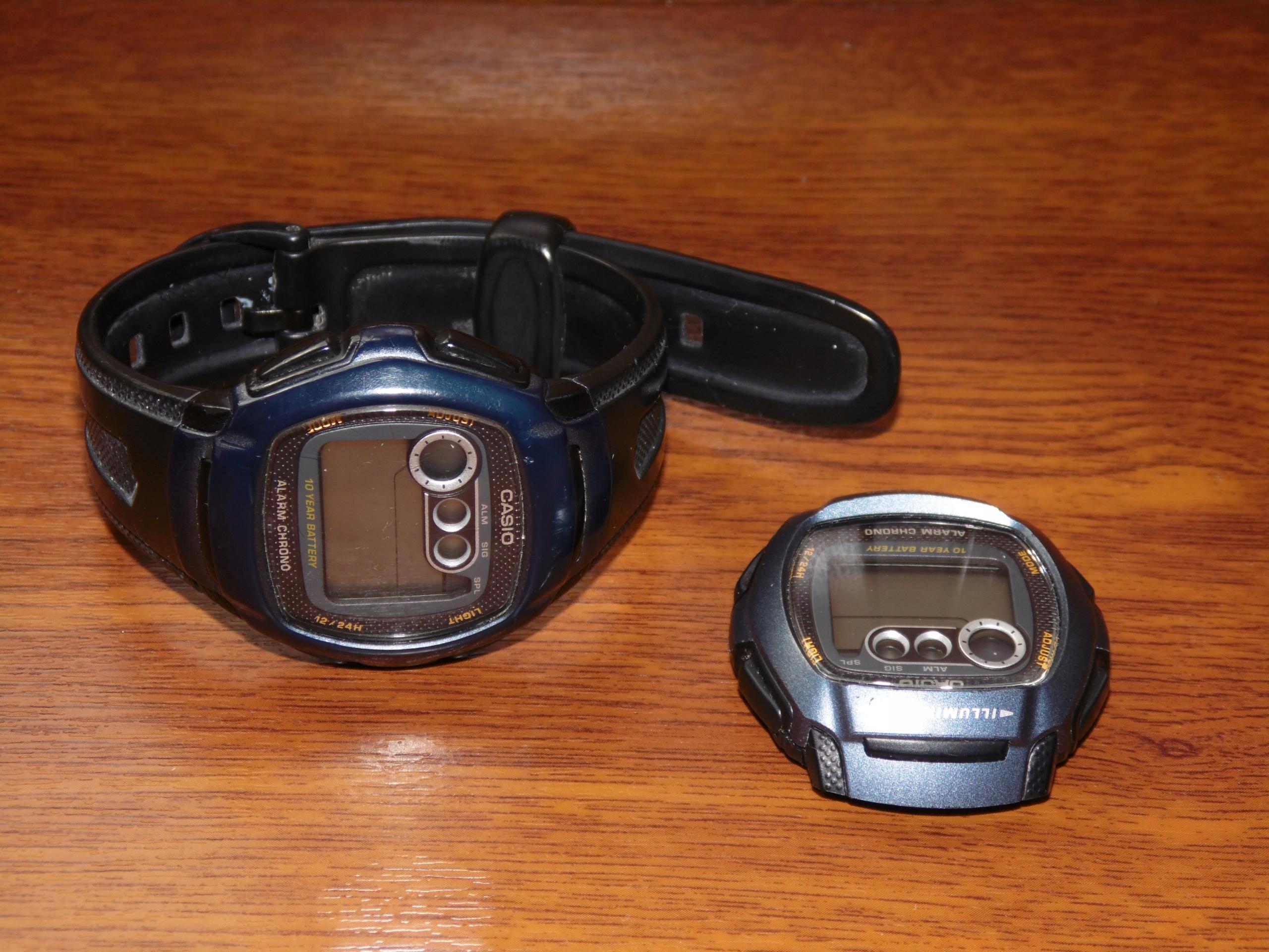 Oryginalne Casio W-210W-1B .... 2 sztuki.