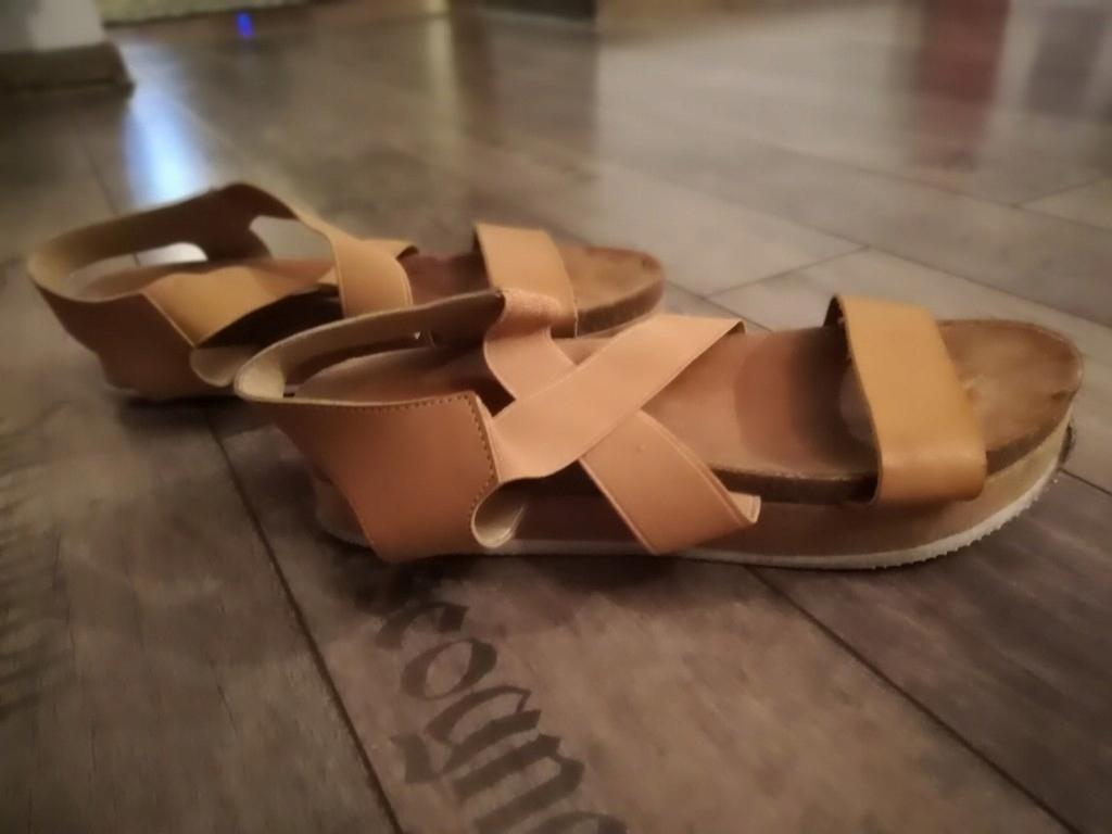 Sandałki na platformie r39 brązowe PROMOCJA