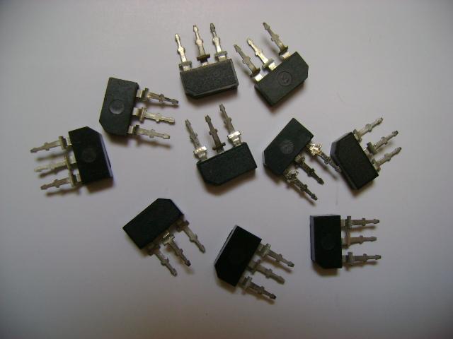 BF195 lub BF196 bez napisów x 15 szt. Tranzystor