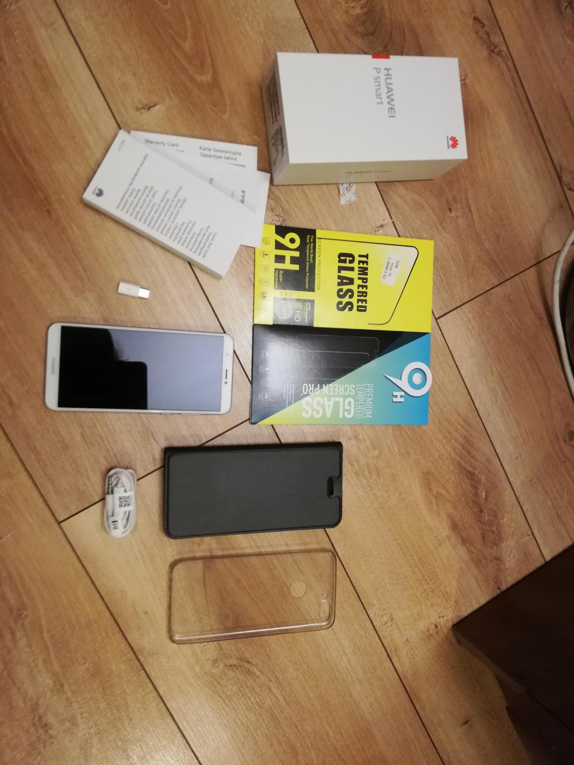 Huawei p Smart stan bdb biało - złoty