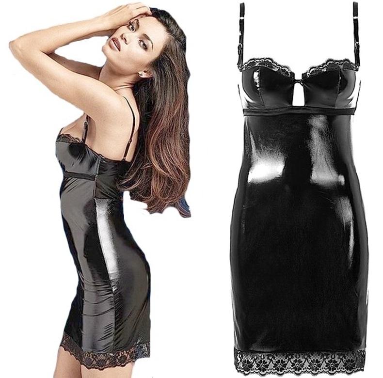 Duża seksowna czerń