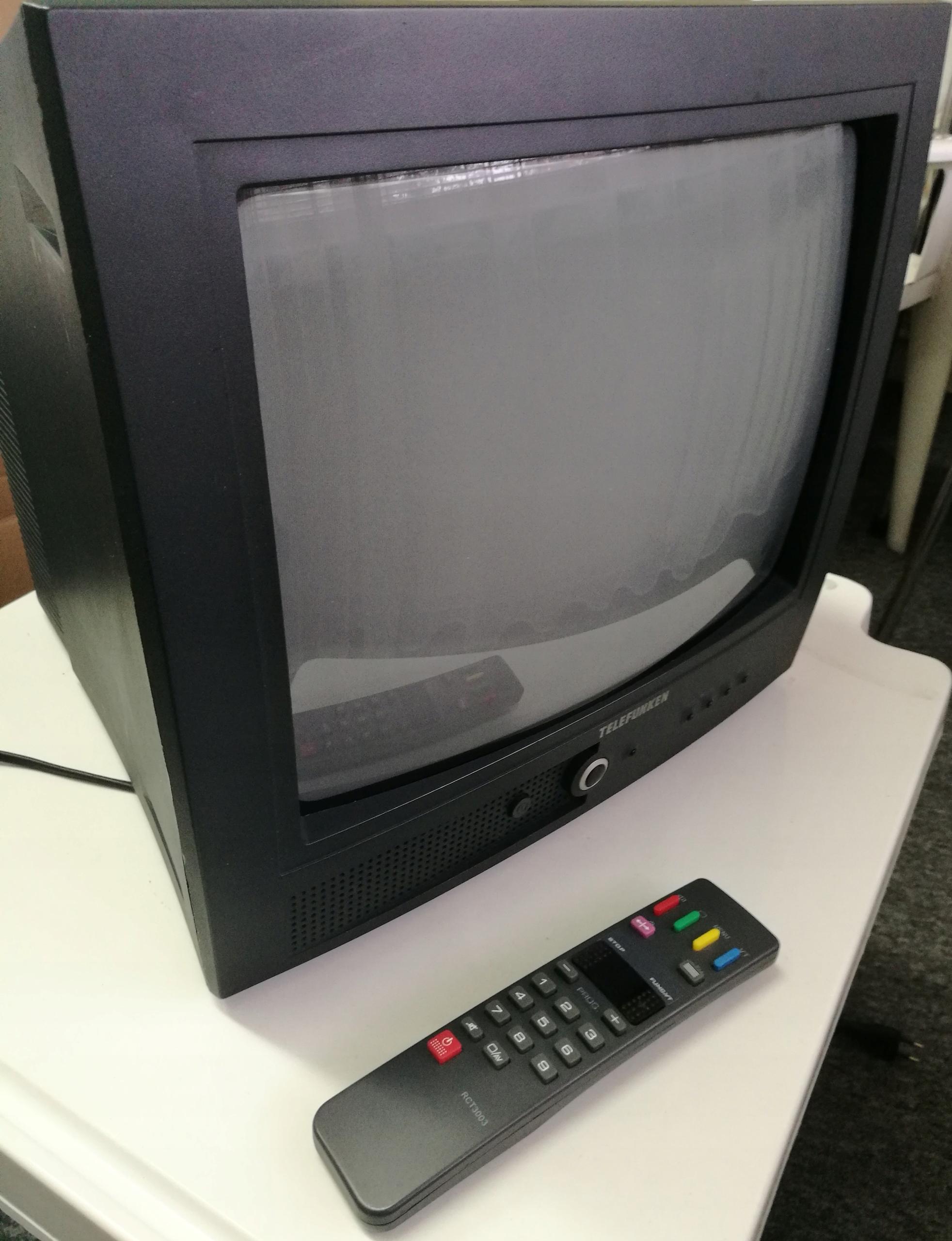Telewizor TELEFUNKEN 14 cali + pilot
