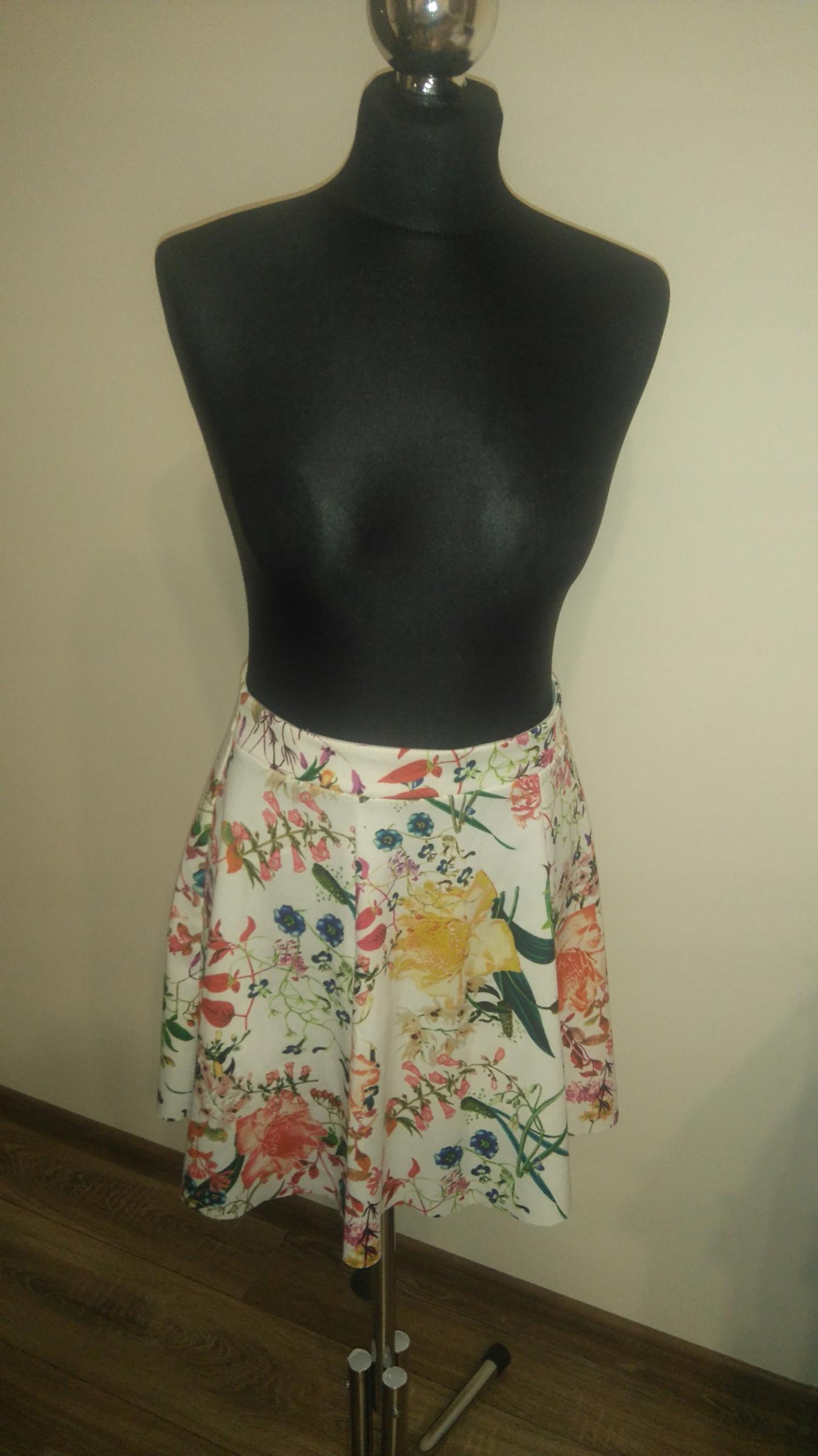 Spódnica berhska kwiaty