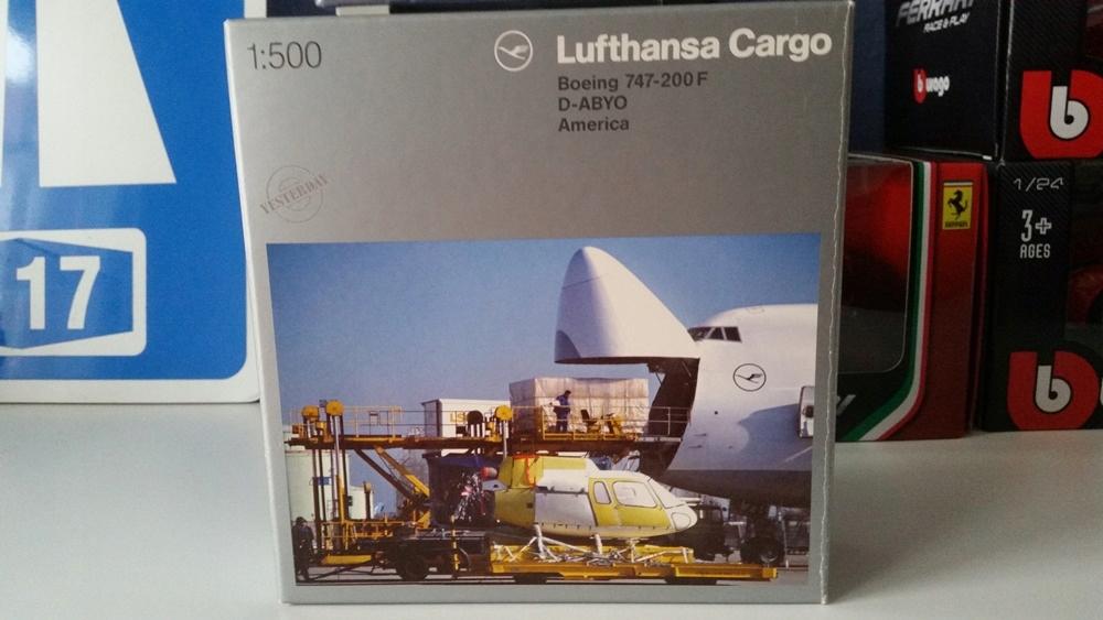 1:500 Boeing 747-200 Lufthansa Cargo America Herpa