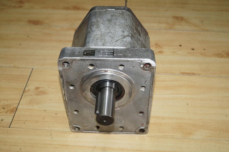Pompa hydrauliczna główna UN80AL07 Lkt 80 81
