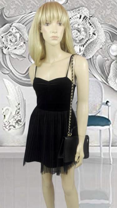 H&M czarna sukienka welur tiul S