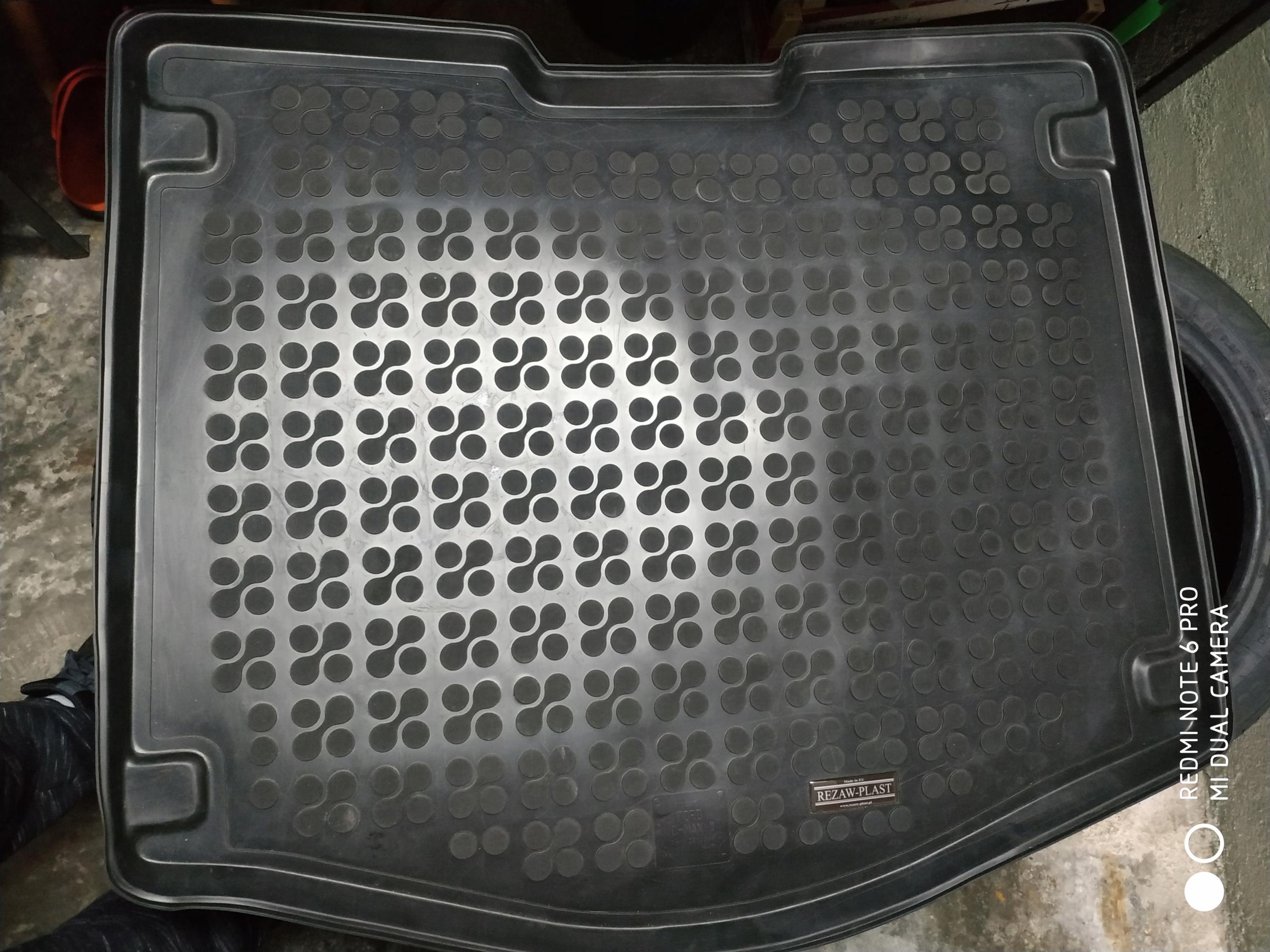 Mata gumowa do bagażnika Ford C-MAX II MK2
