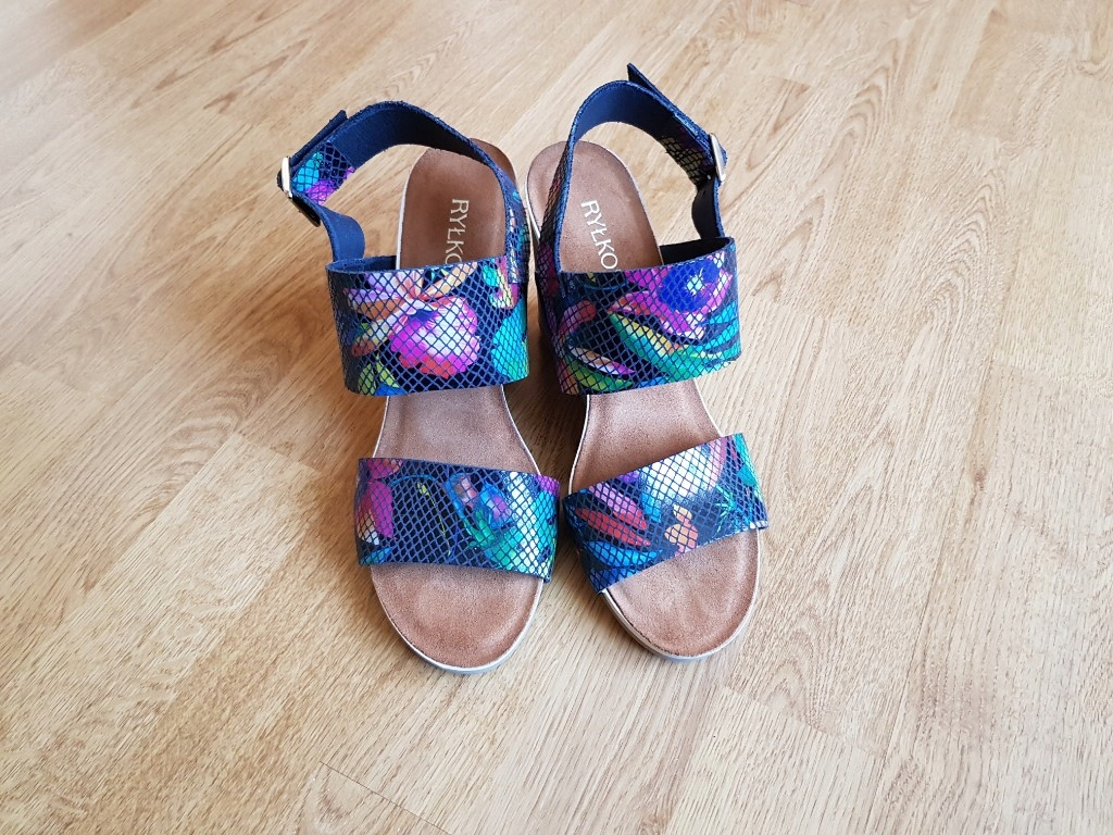 super sandały na koturnie Ryłko