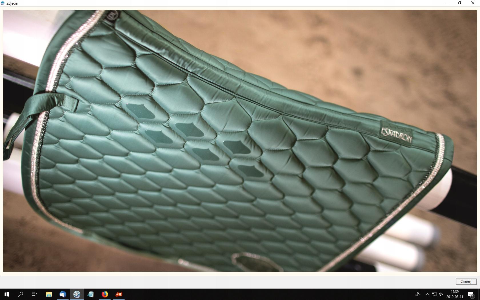Czaprak Emblem Glossy DL seapine green ESKADRON