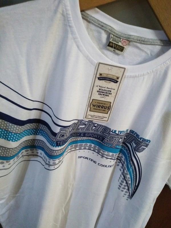 Biały męski t-shirt
