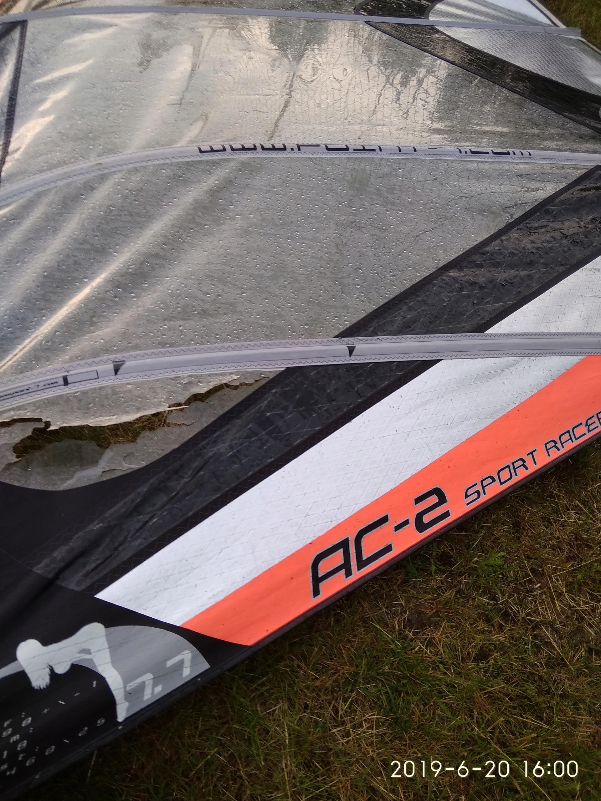 Point 7 AC Sport Racer po gradobiciu...