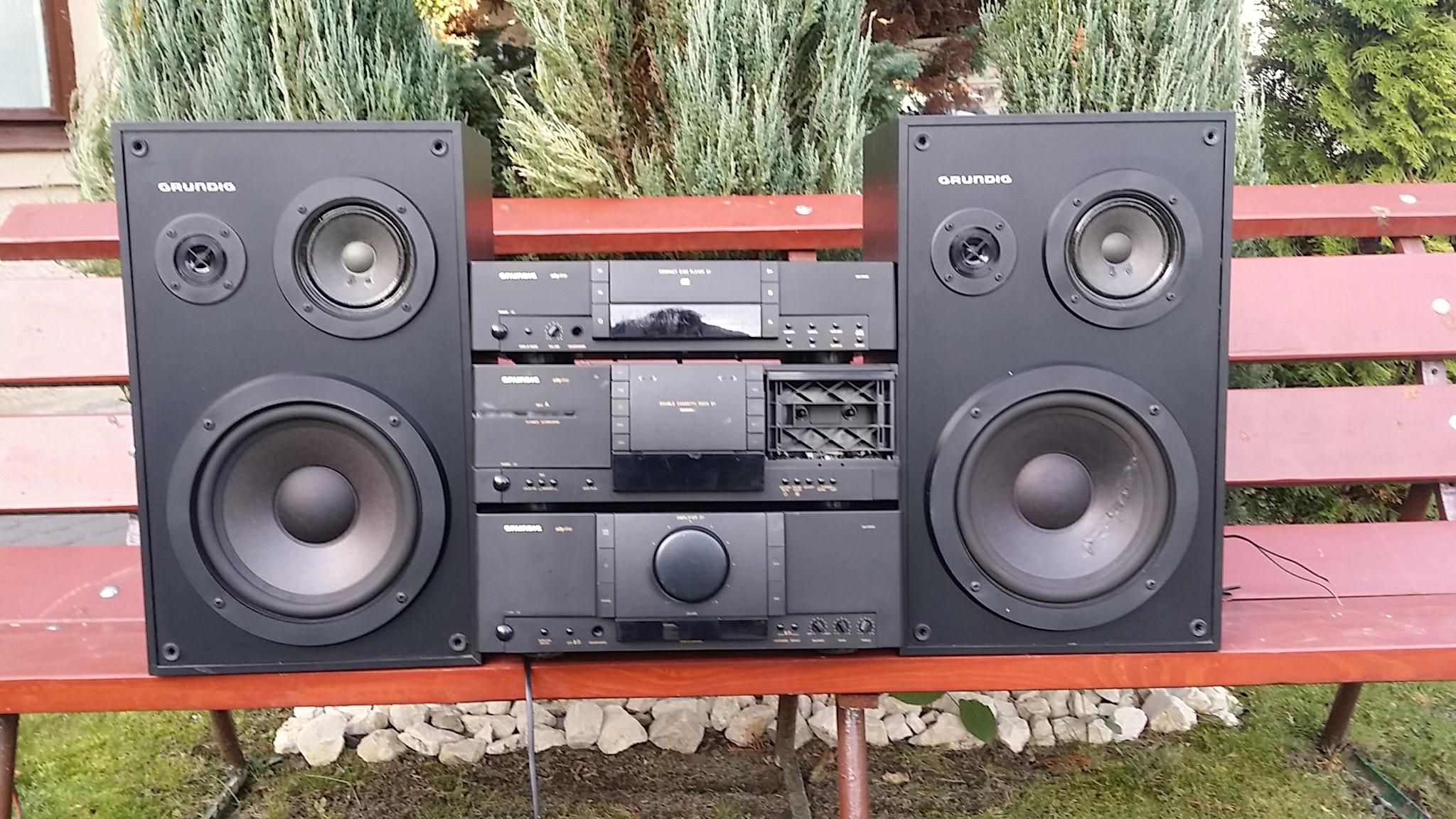 Wzmacniacz GRUNDIG 2x100w + odtwarzacz CD + magnet