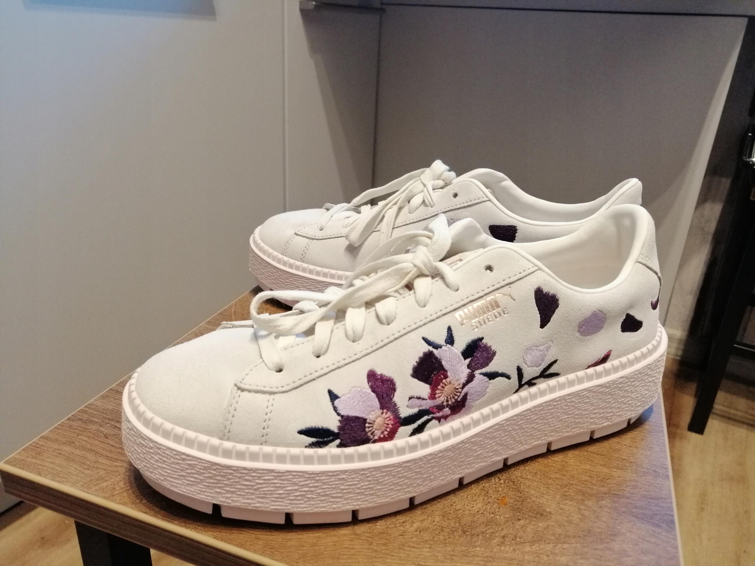 PUMA buty damskie SUEDE PLATFORM TRACE FLOWERY 8186538900