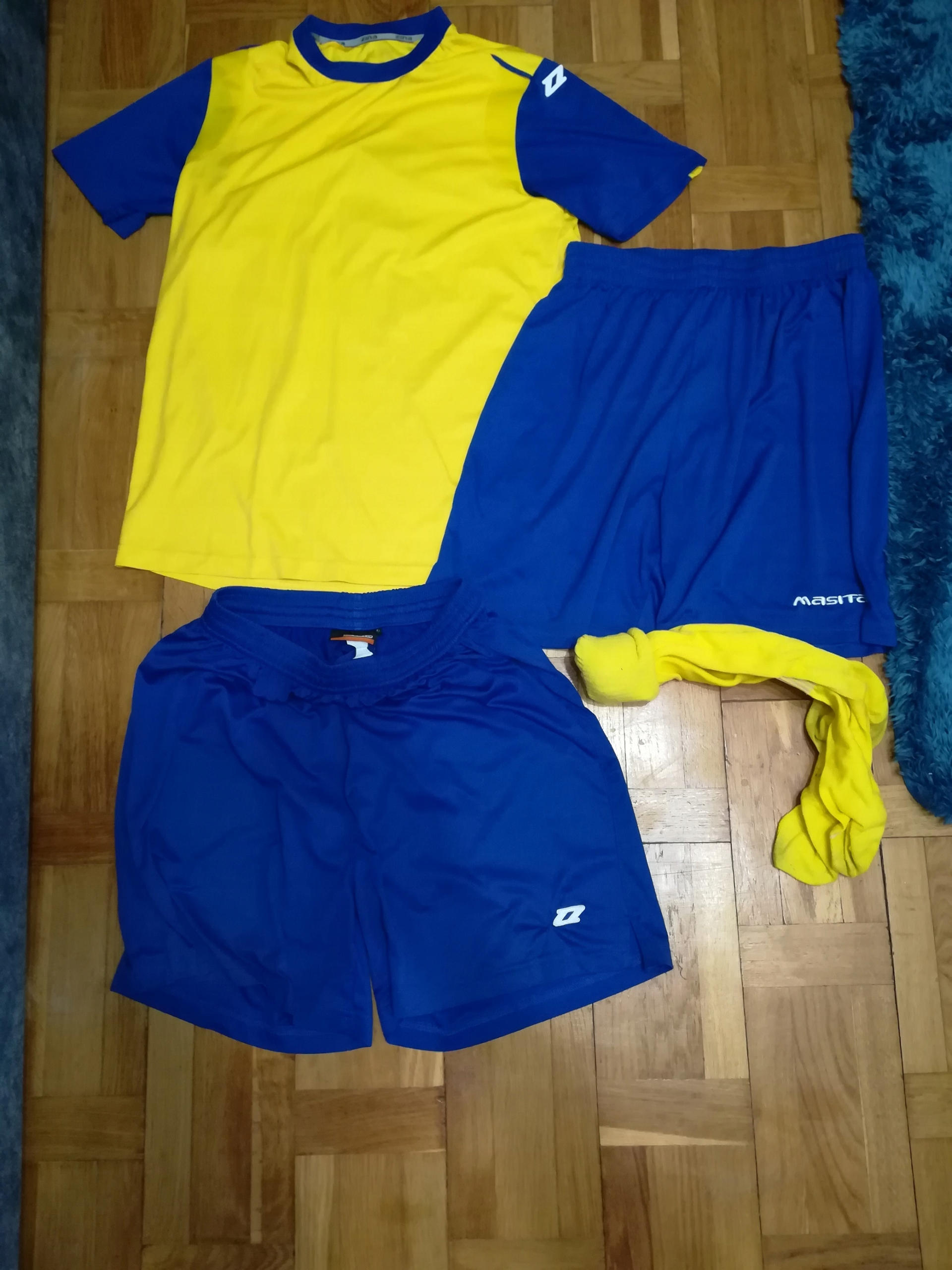 Zestaw ubrań sportowych rozmiar S/M getry