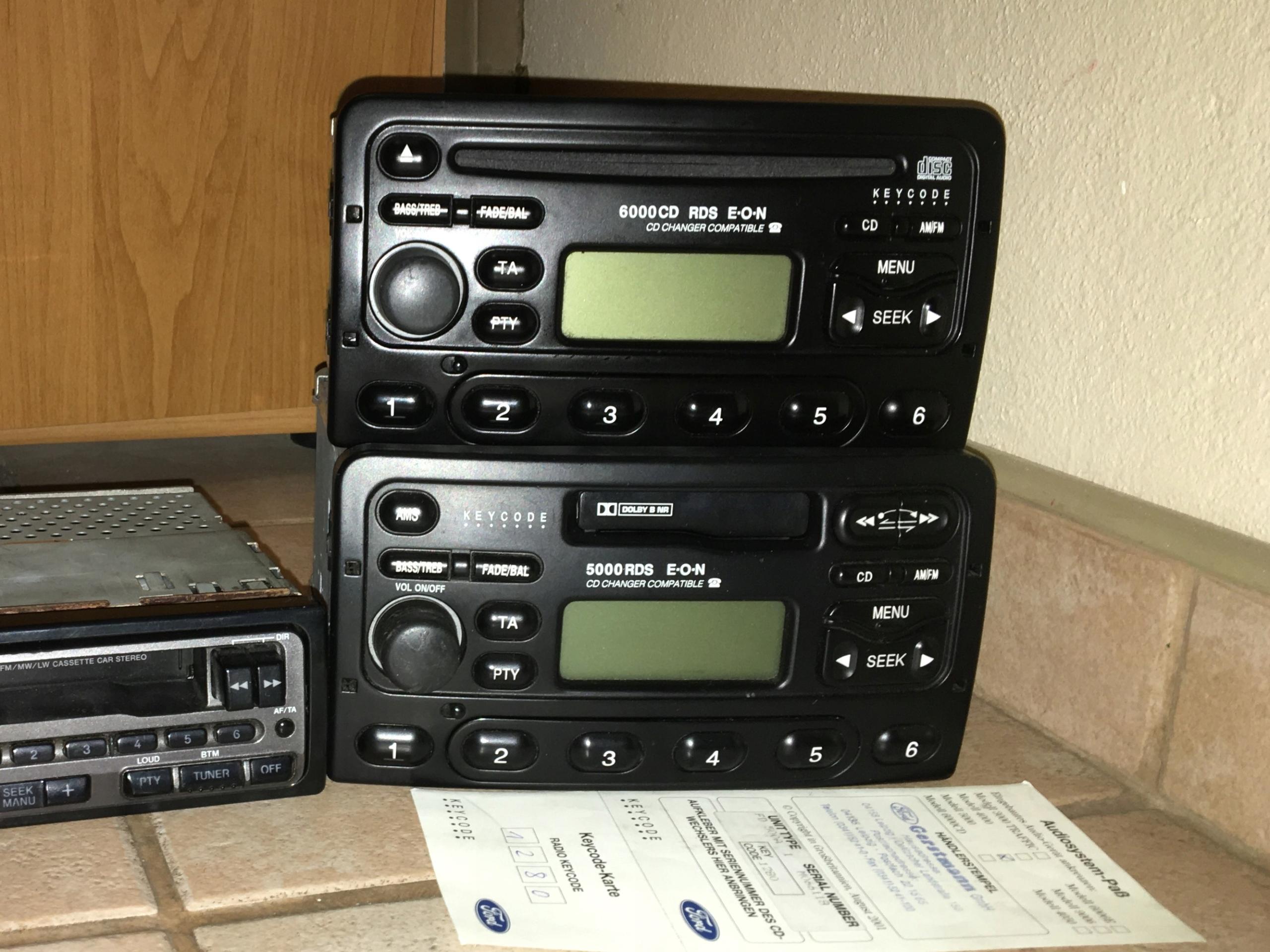 Zestaw 2 radio samochodowe ford