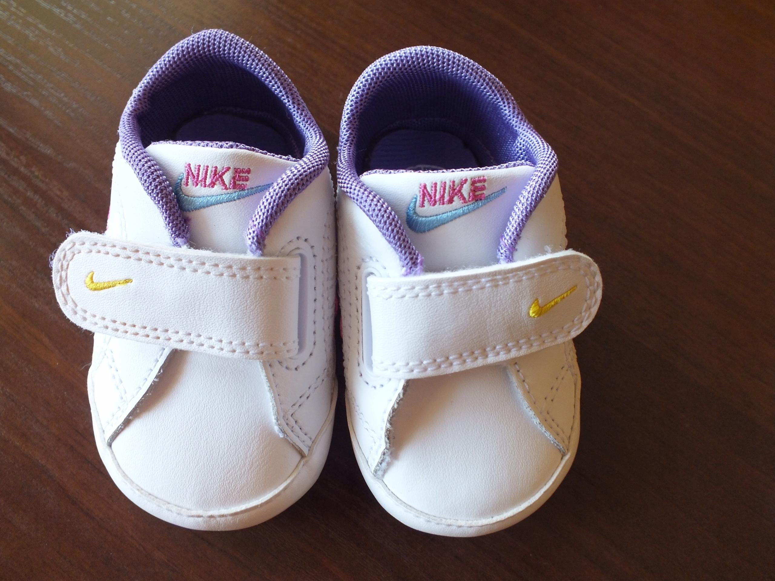 Buciki Nike roz. 16 jak NOWE