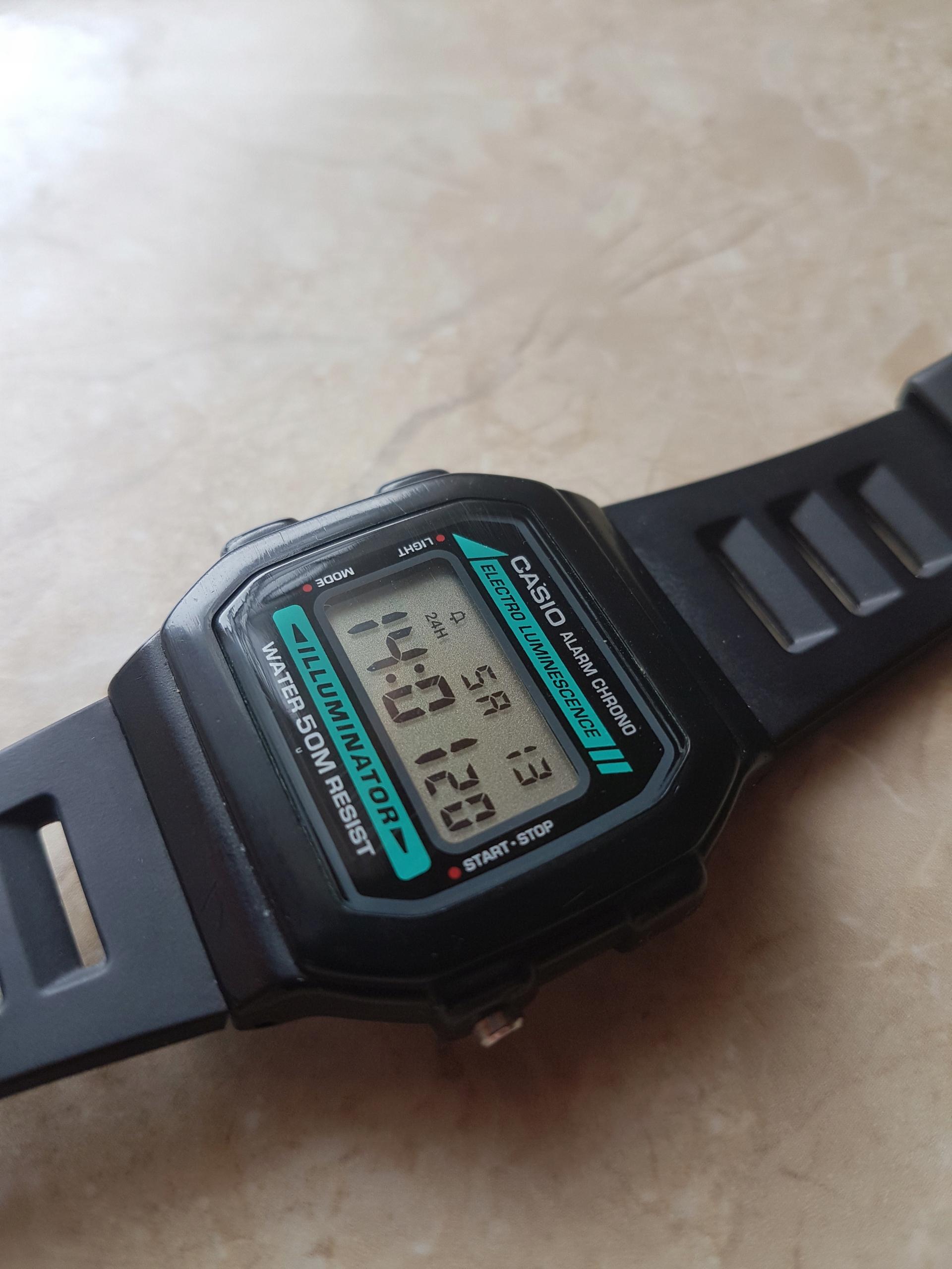 Zegarek casio w-86 klasyka ładny stan.