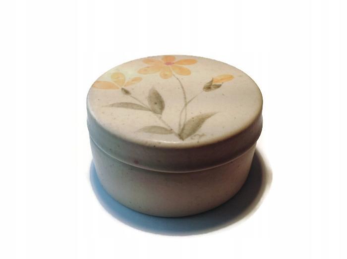 Ceramiczne puzderko na bizuterię