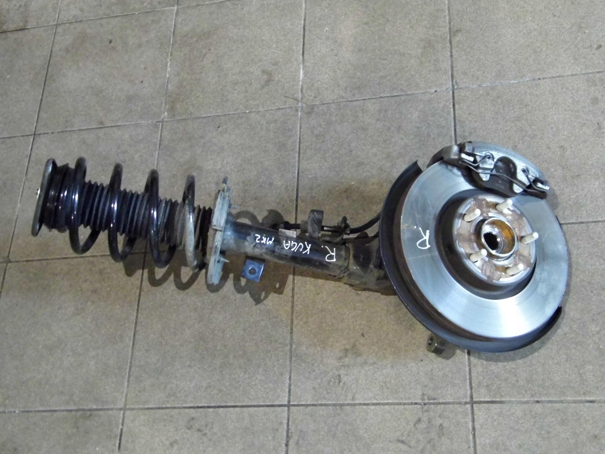 Ford Kuga mk2 NOGA PRAWA zwrotnica amortyzator