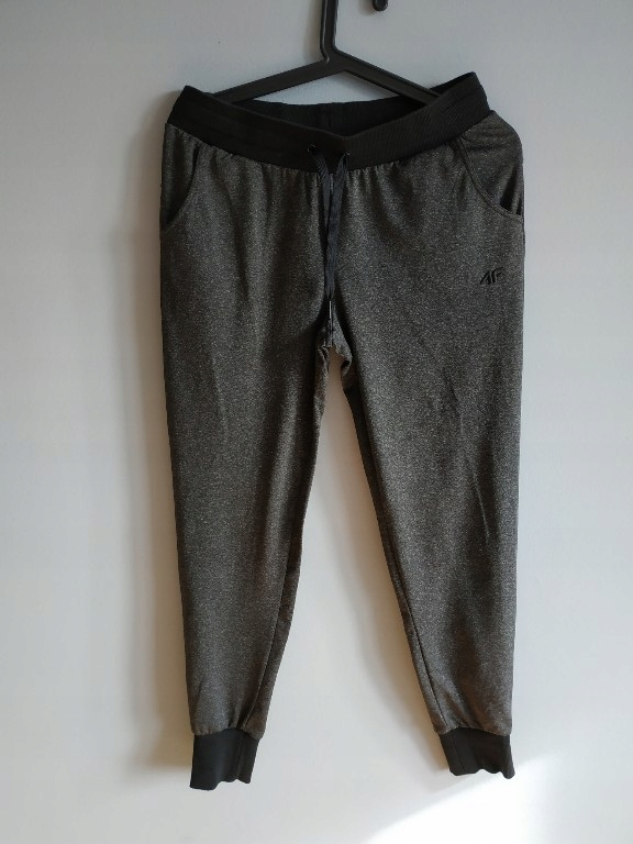 4f spodnie dresowe jak nowe s