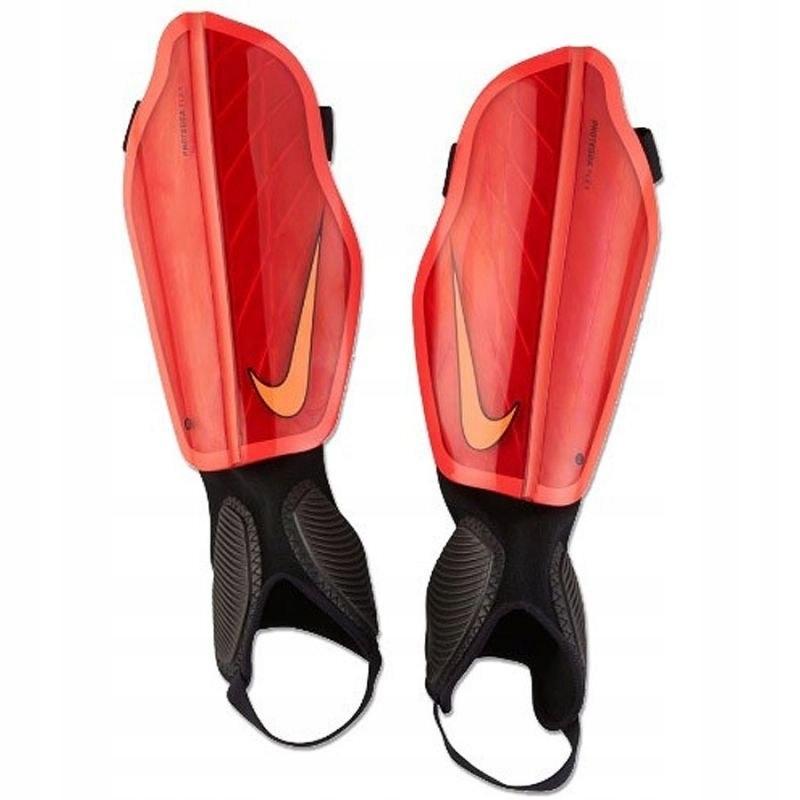 Ochraniacze piłkarskie Nike Protegga Flex M SP0313