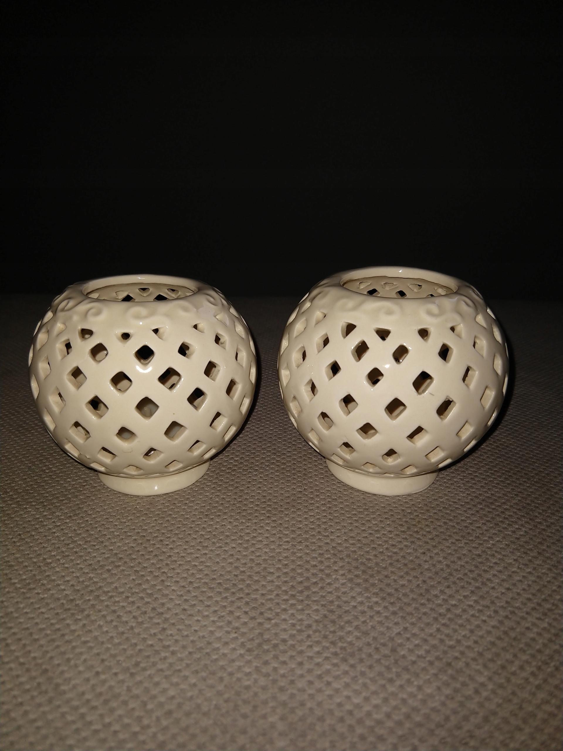 Świeczniki porcelanowe -2szt