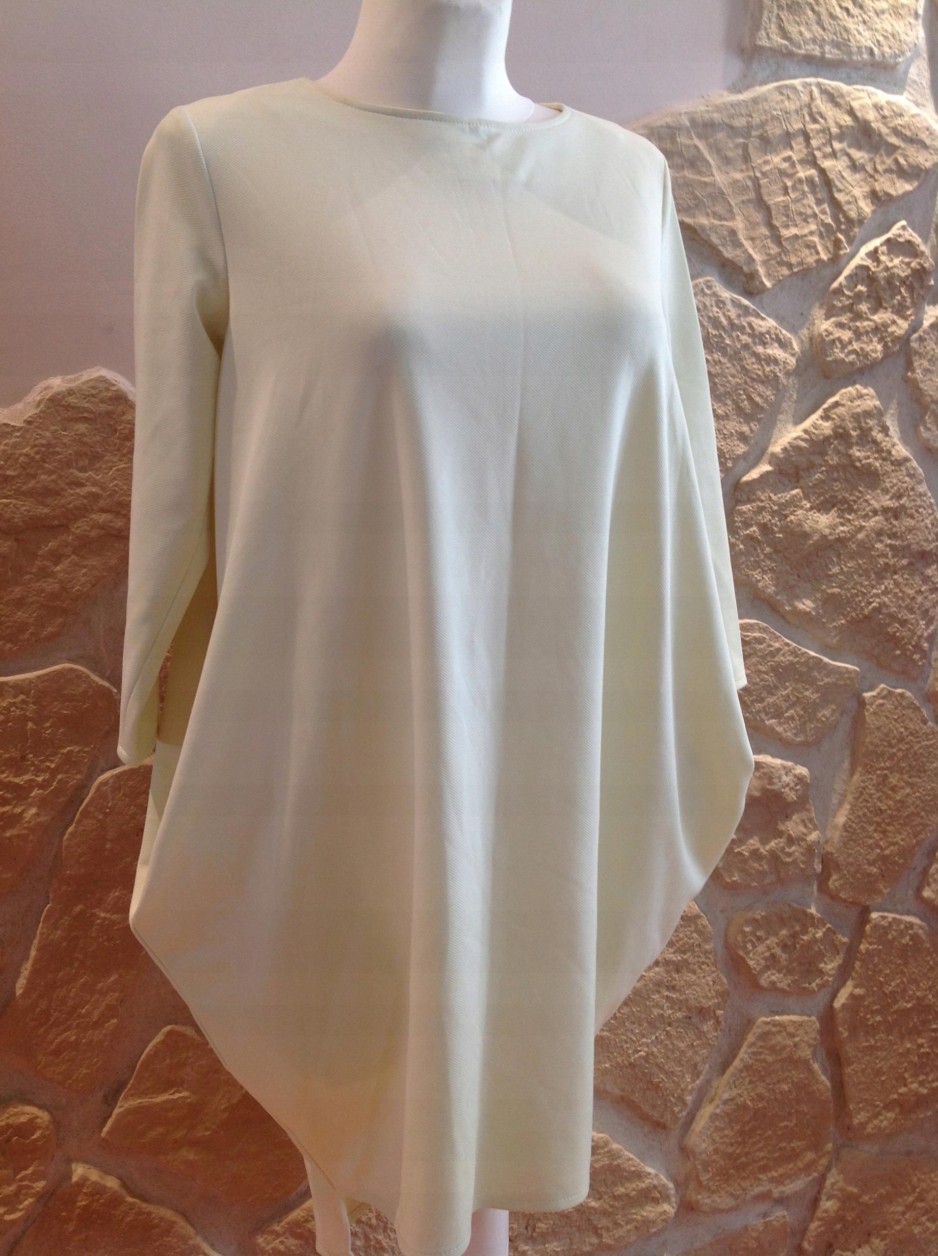 b009de42a3 Sukienka jak La Mania dluzszy tylu 38 40 j.nowa - 7526388395 ...