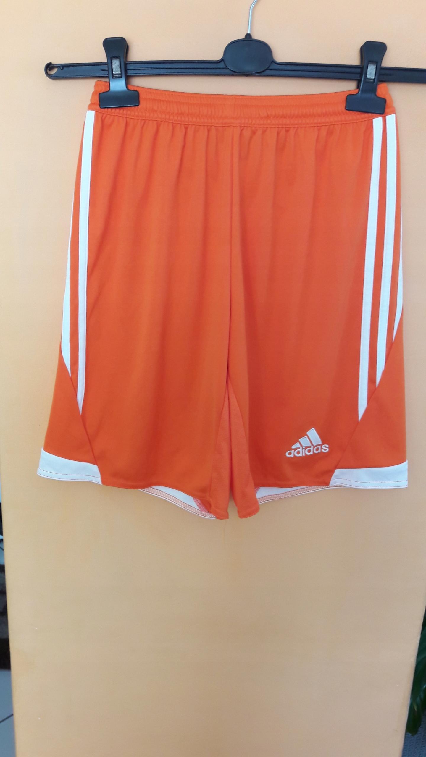 Spodenki sportowe Adidas roz.164