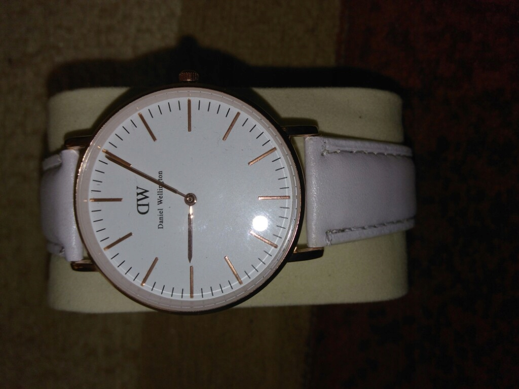 zegarek daniel Wellington licytacja bcm ck dw