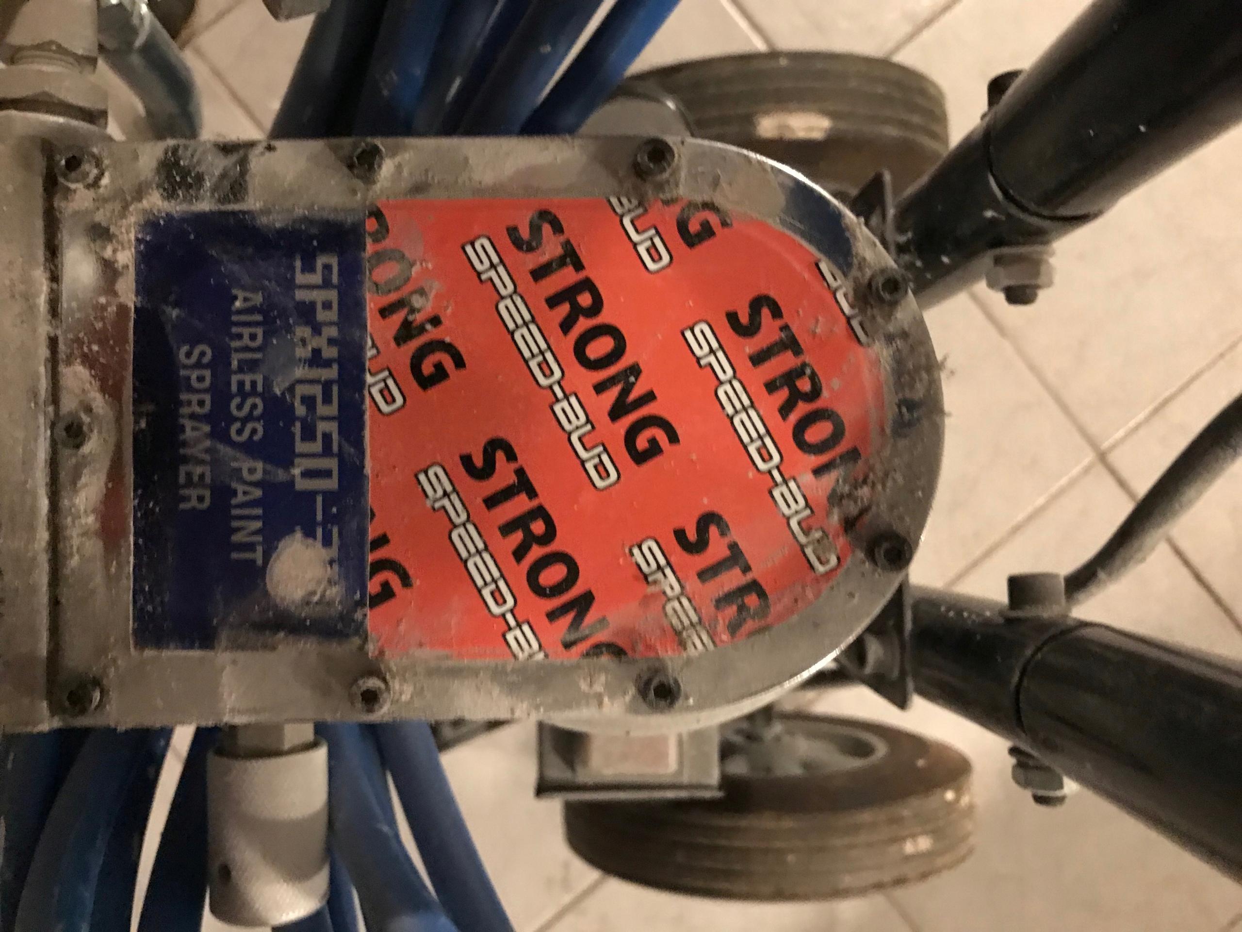 AGREGAT MALARSKI AIRLESS STRONG 1250