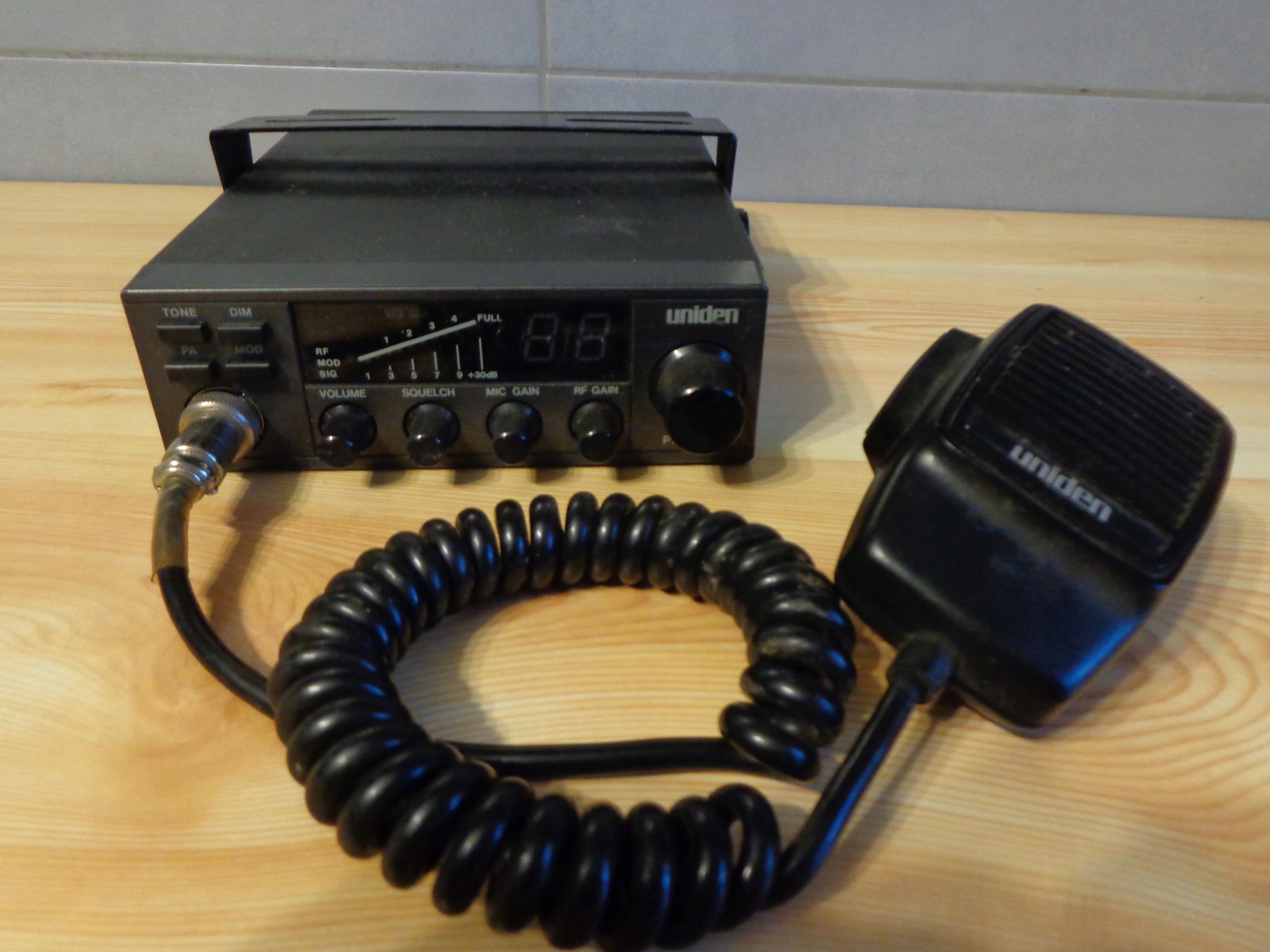 Radio CB Uniden PRO 450 e