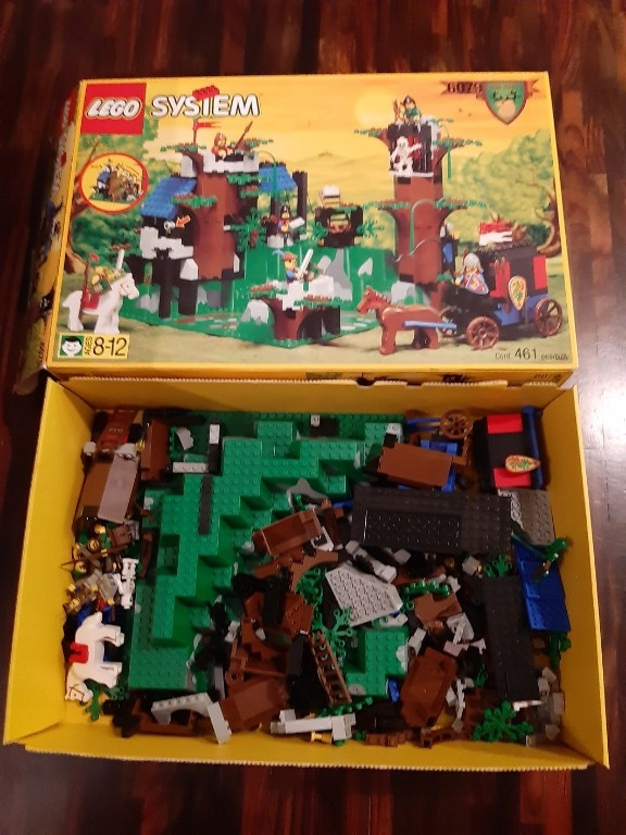 LEGO CASTLE 6079 DARK FOREST FORTRESS