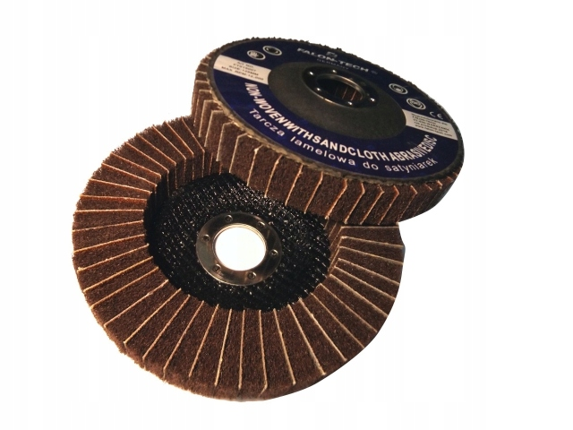 Tarcza tarcze do metalu 07 125 włóknina satyniarek