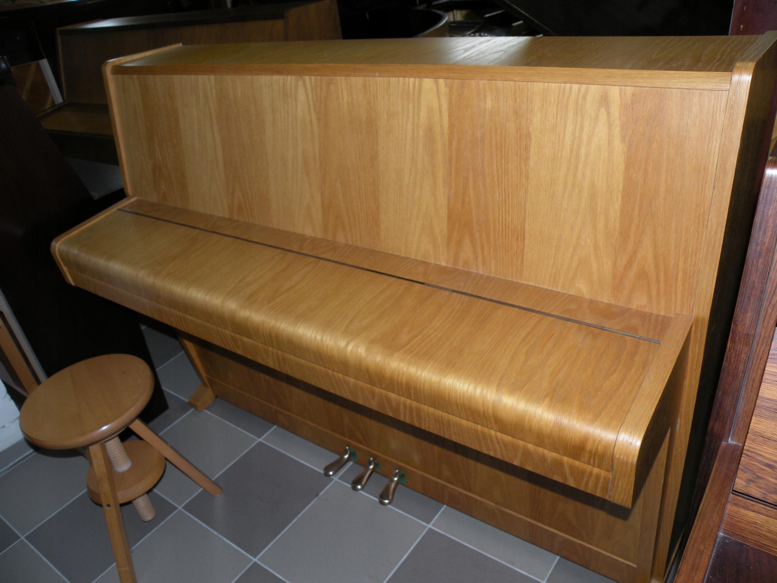 Idealne pianino WEINBACH z moderatorem jak nowe