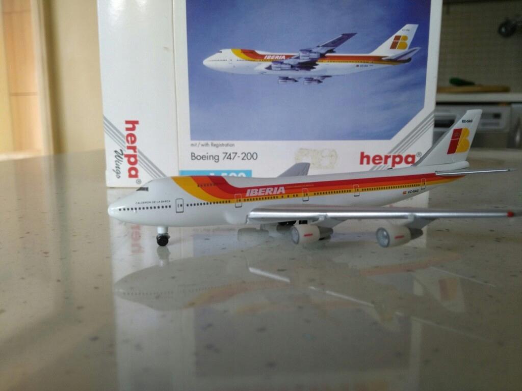 Model samolotu Boeing 747 Iberia 1-500 Herpa