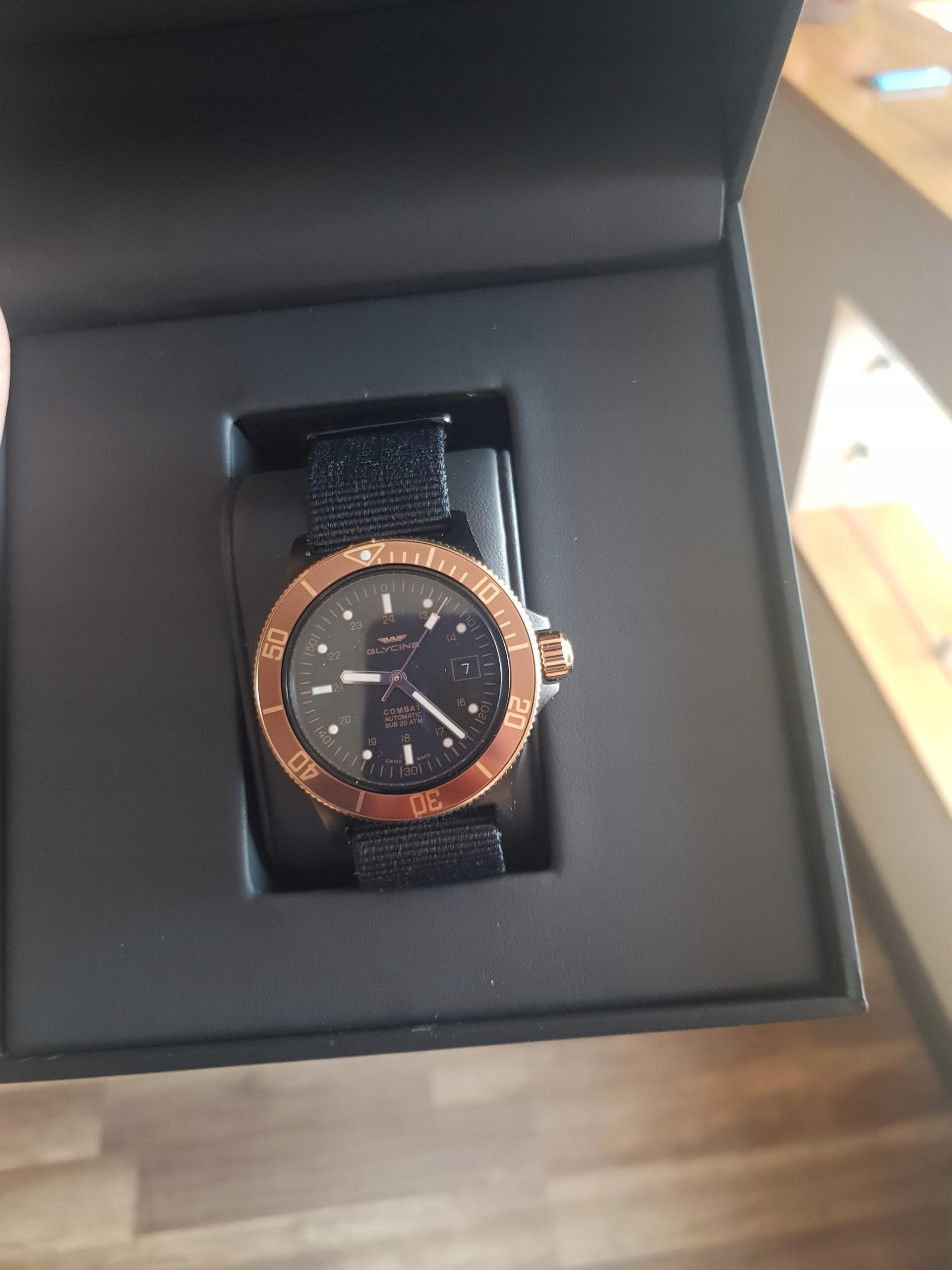 Zegarek GLYCINE GLO173