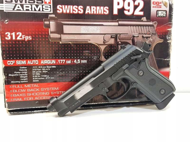 WIATRÓWKA SWISS ARMS GSG P92 4,5 MM - ZESTAW!