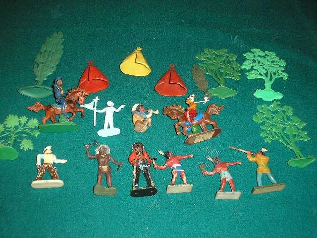 Figurki z PRL ,obóz indiański 20 szt