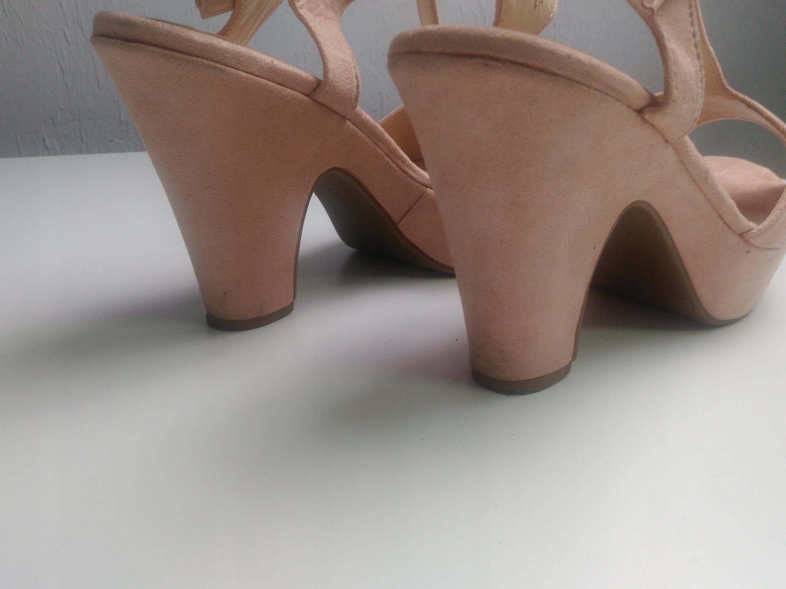 Sandały na platformie Vices 40