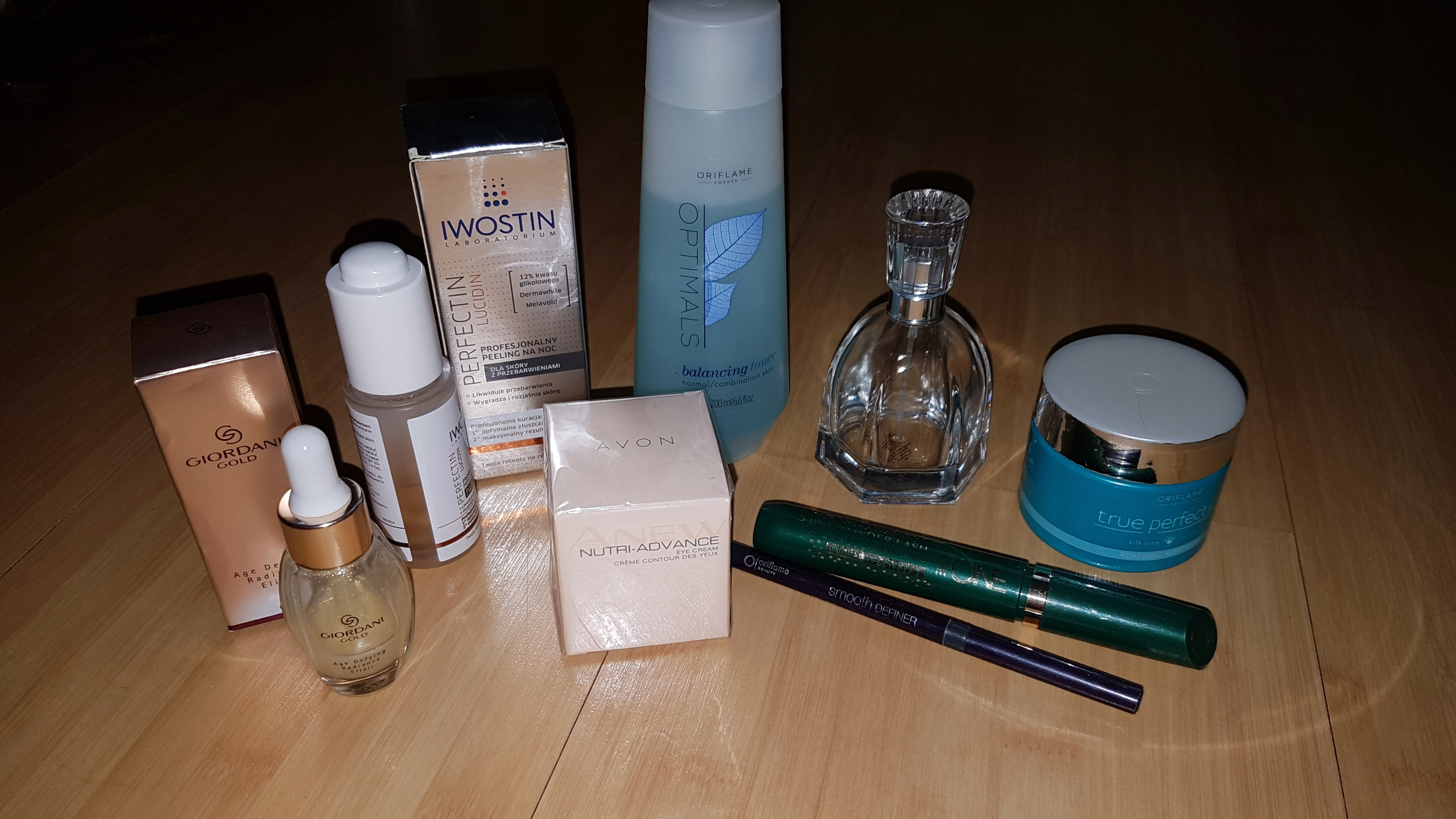 zestaw kosmetyków ORIFLAME AVON IWOSTIN peeling