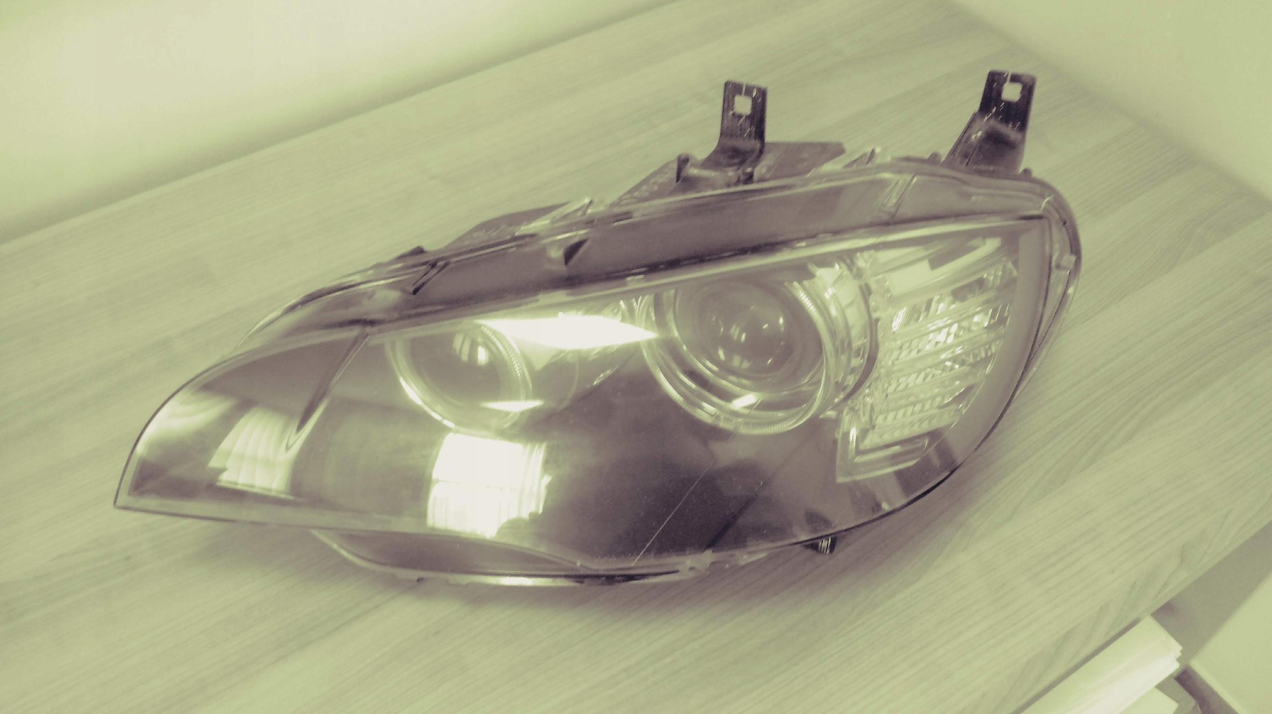 Lampa BMW x6 E71 Lewa przód XENON 1ZS00964505