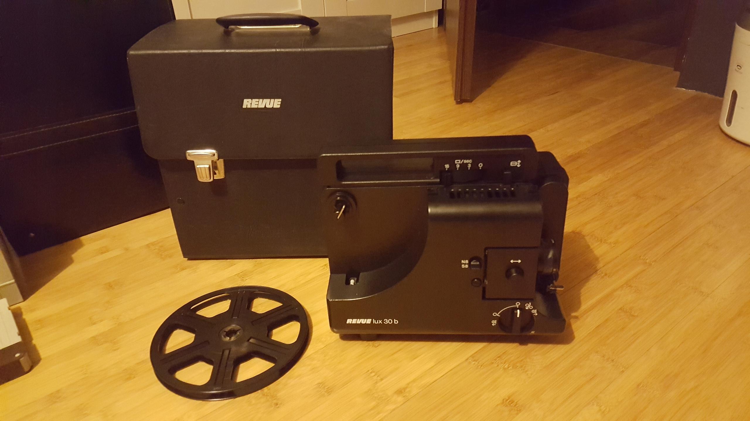 Projektor filmowy REVUE lux 30 b 8mm