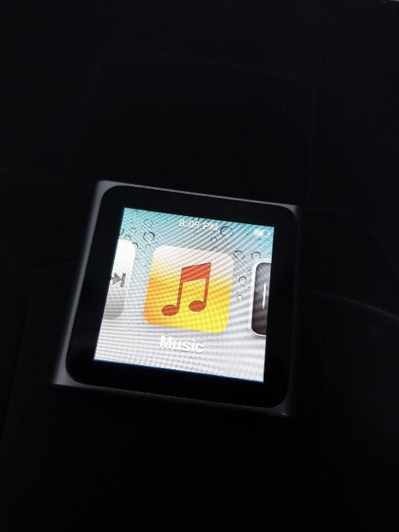 iPod nano 6g Stan idealny Kabel Słuchawki Silver