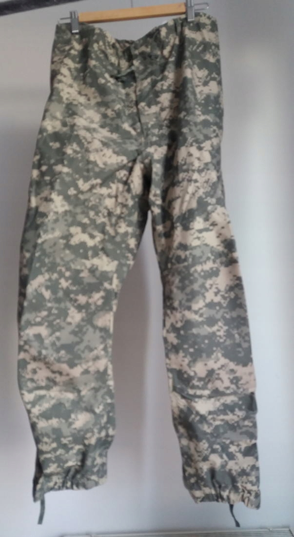 nowe spodnie Gore Tex, USA Army, kamuflaz ACU, LR