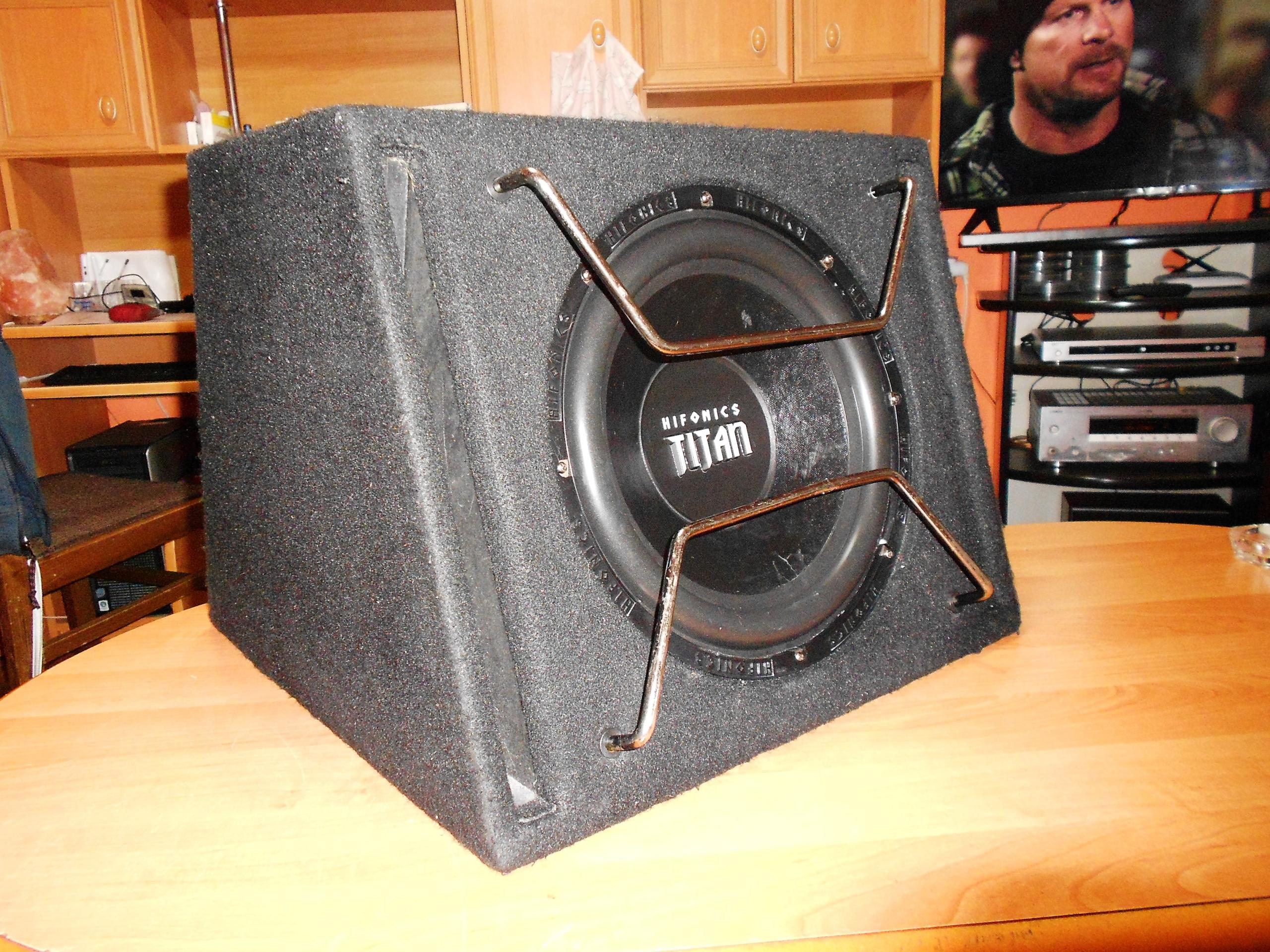Car Audio: Hifonics Titan TX 12 + Concord CA50-2