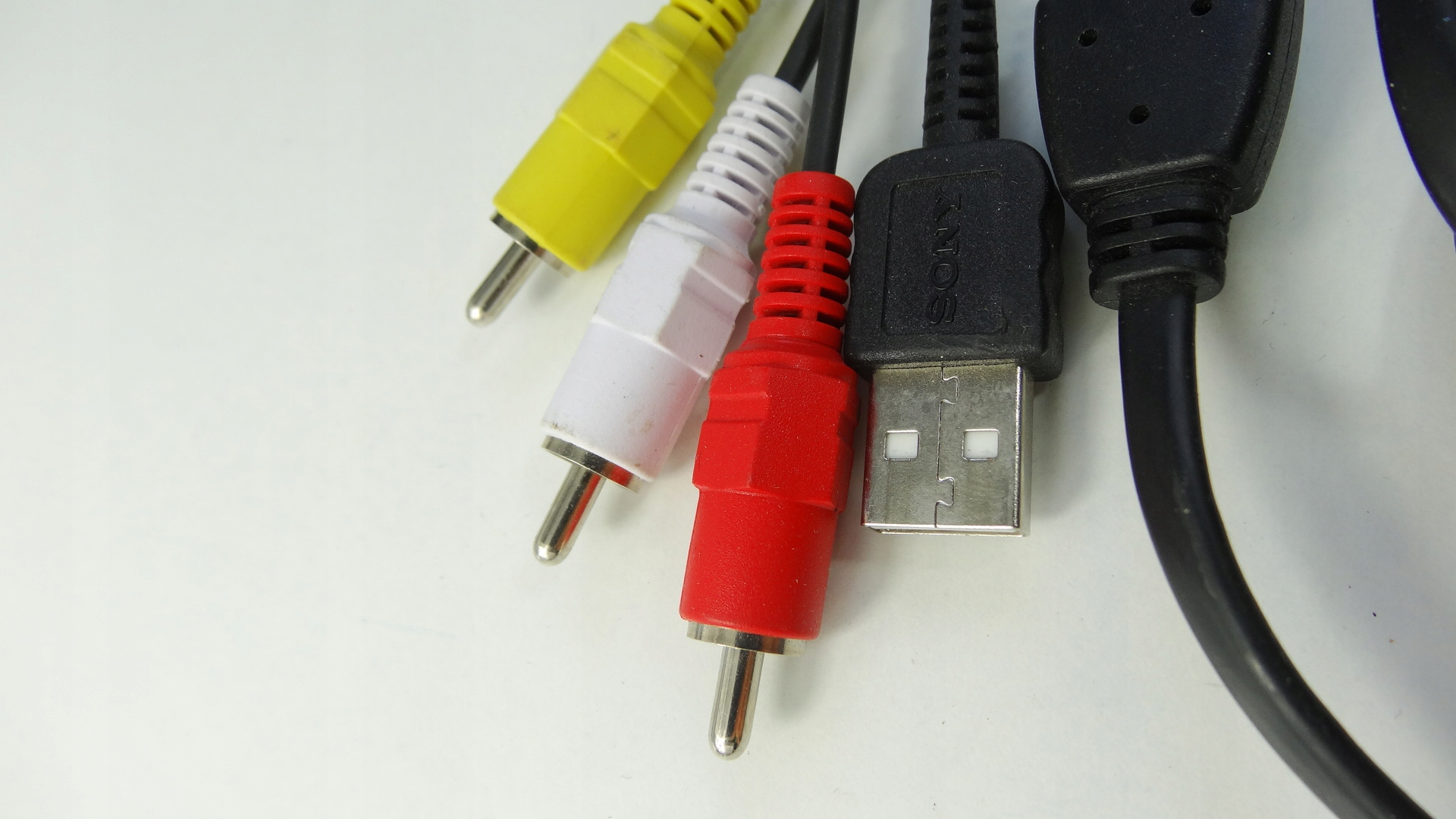 KABEL SONY TYPE-2 USB RCA AV DO APARATU CYBER SHOT