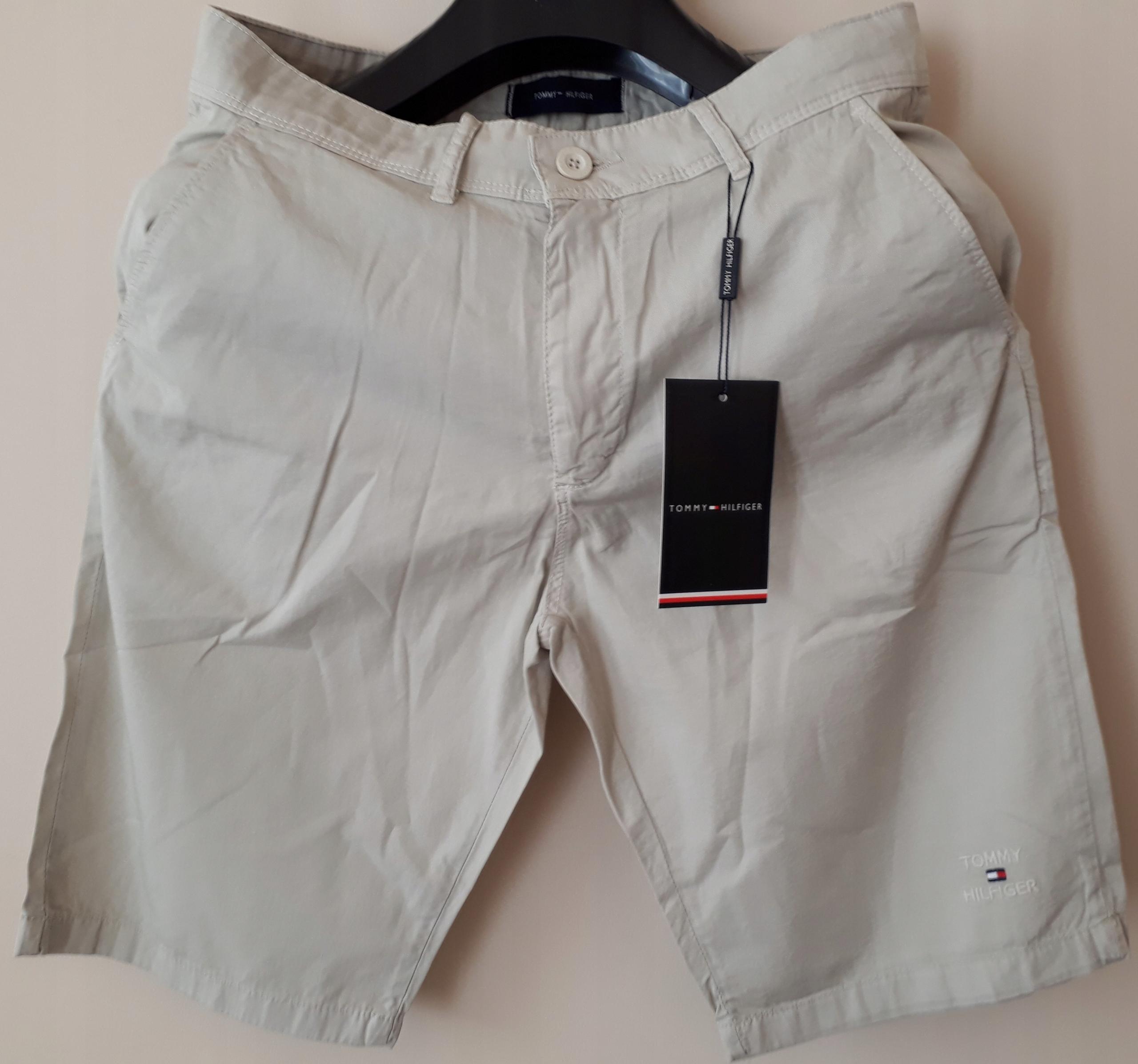 Spodnie krótkie Tommy Hilfiger Rozmiar 40